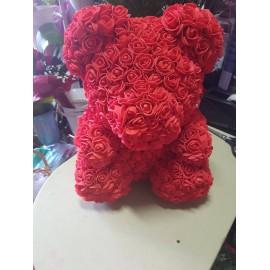 Червено мече от рози